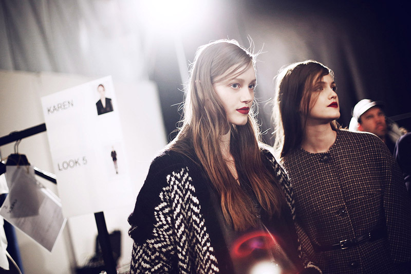 trussardi_backstage-milan_fashion_week-backstage-models-0001