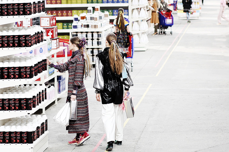 chanel-supermarket-paris-fashion-week-0011