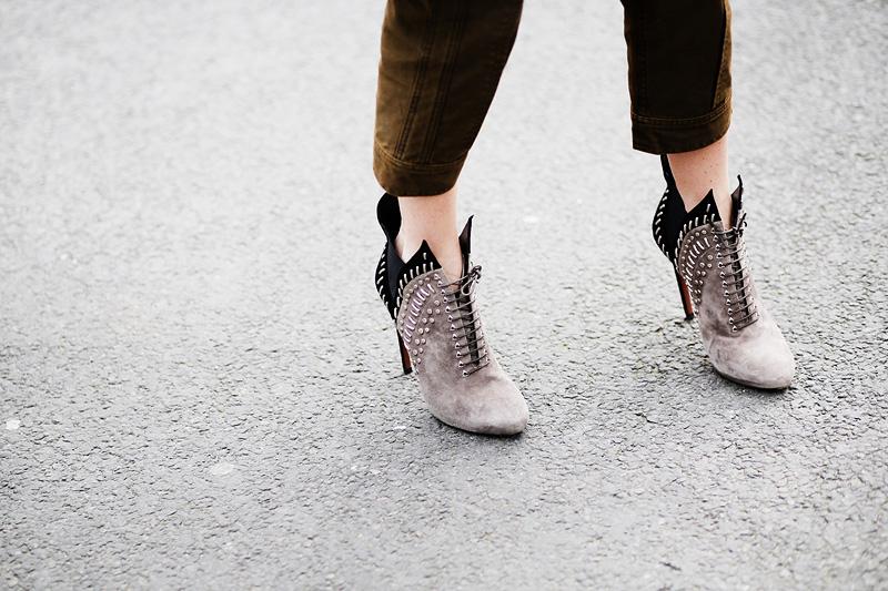 paris_fashion_week-street_style-parisfw-rihanna-00004