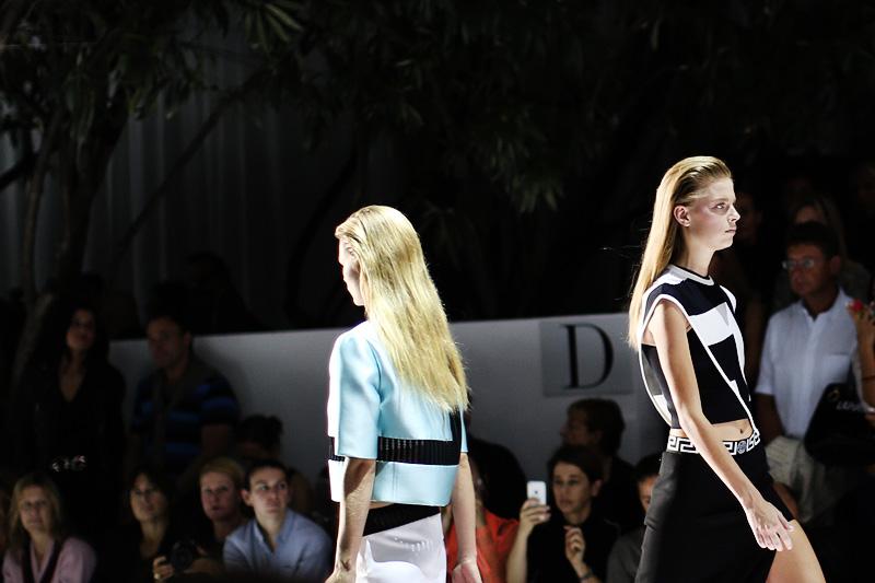 versace_ss15-milan_fashion_week-cupofcouple-00001