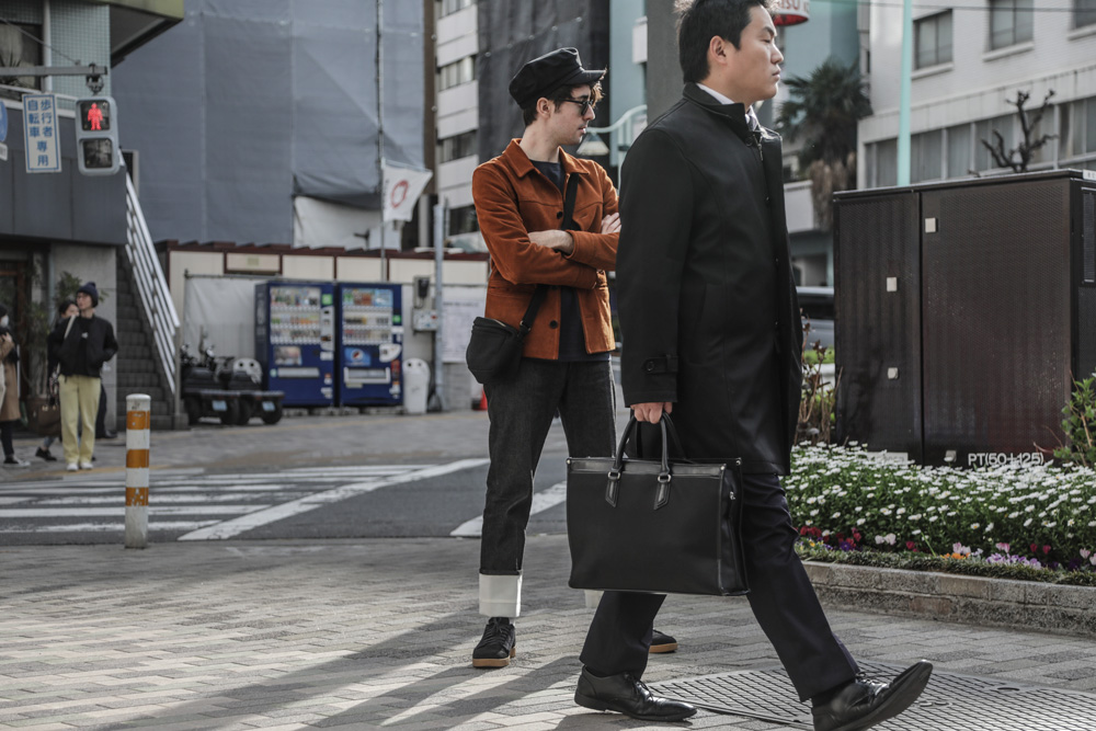 cupofcouple-matches_man-loewe_trousers-jw_anderson-0007