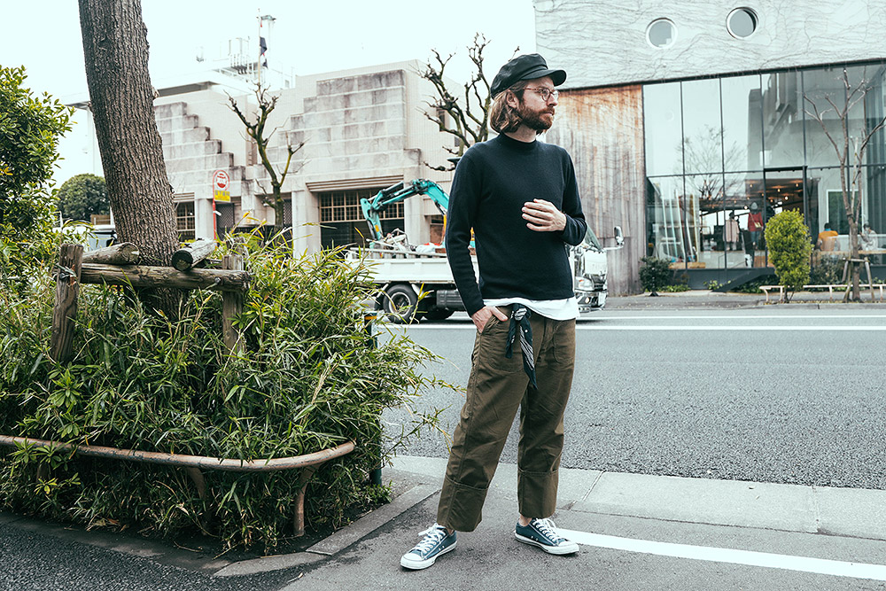 cupofcouple-streetstyle_tokyo-loewe_fisherman_trousers-loewe_bag-boina-0005